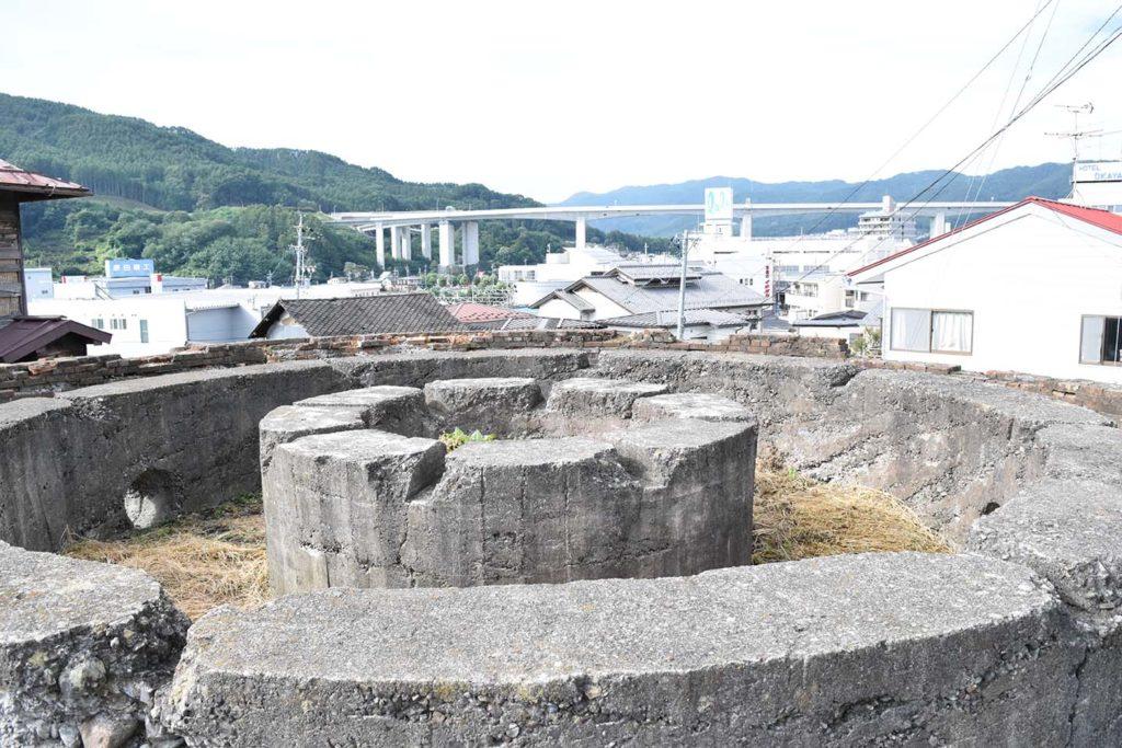 丸山タンク2019年9月22日の写真 三重円筒構造