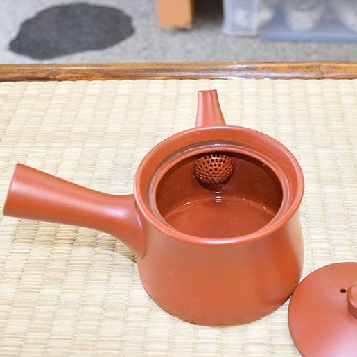 陶器のアミ