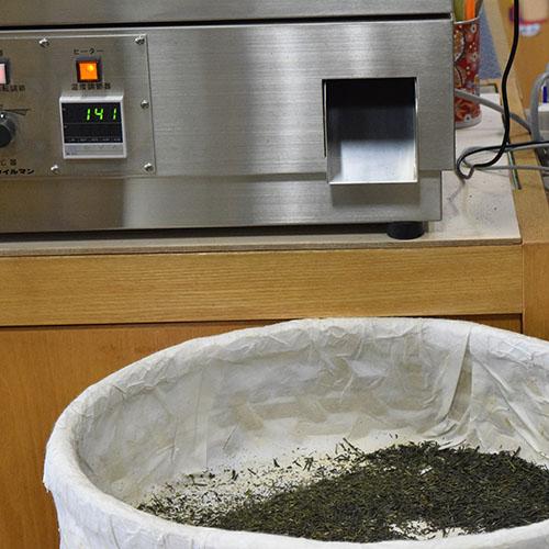 設定140℃で焙煎中